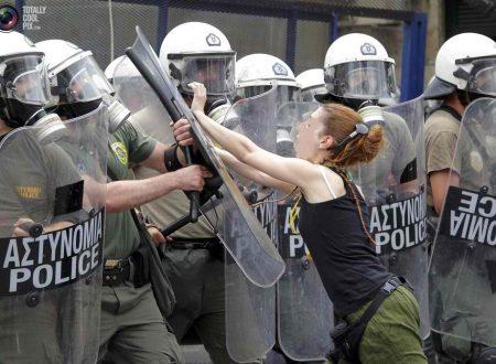 """""""Un Orizzonte Politico da Piazza Syntagma"""""""
